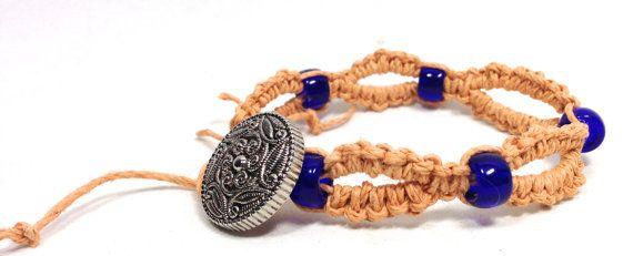 Macrame hennep armband de Gift van de door HempaliciousWishes