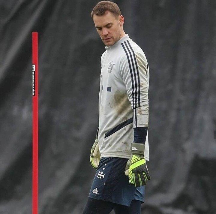 Pin By Alec Koval On Manuel Neuer Long Sleeve Tshirt Men Mens Tshirts Mens Long Sleeve