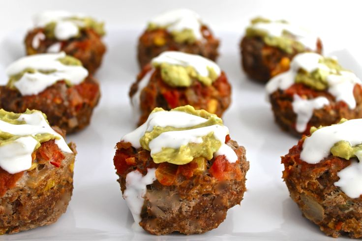 Skinny Mexican-Style Meatloaf Cupcakes. These NEW adorable dinner cupcakes are so good! The savory topping is a combination of a little guacamole, skinny ranch and salsa. Each cupcake has just 107 calories, 3 grams fat & 2 Weight Watchers POINTS PLUS. http://www.skinnykitchen.com/recipes/%EF%BB%BFskinny-mexican-style-meatloaf-cupcakes%E2%80%A8%E2%80%A8/