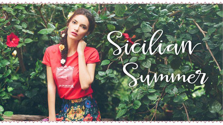 Sicilia mare t-shirt by Conducimi Made in Sicily  #tshirt #madeinsicily #sicily #sicilia #maglietta #red #rosso #fashion #sicilian #siciliana #summer #estate #souvenir #madeinitaly #italy #handmade #brand #branding #memories #cute #duci #mediterraneo #mediterranean #carrettosiciliano #carretto #siciliano #cart #siciliancart #island #gift #travel #regalo