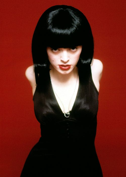 Rose McGowan in a promotional photo for The Doom Generation, 1995.