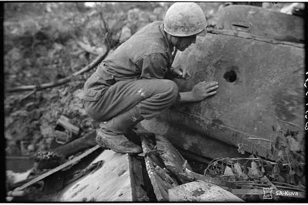 65 parasta kuvaa Pinterestissä: Destroyed Soviet tanks in Finland WW 2 | Suomi,Säiliöt ja Armeija