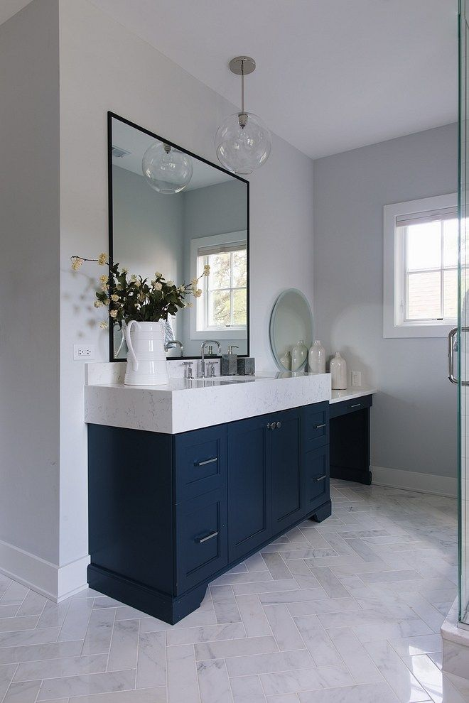 Benjamin Moore Hale Navy Vanities Paint Color Benjamin Moore Hale Navy Benjamin Moore Hale Navy Cottage Bathroom Design Ideas Bathroom Interior Bathroom Design