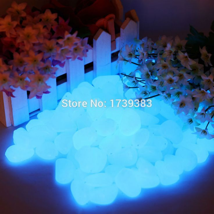33 PZ/LOTTO Beautiful New Ghiaia Decorativa Per Il Vostro Fantastico Giardino o cortile 33 Glow in The Dark Pebbles Stones per Passerella blu