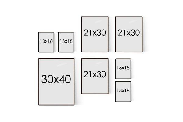 pieni tauluseinä - kollaasin mitat 86 x 77 cm, jossa mukana 7 cm:n välit - sopii eteiseen, pieneen makuuhuoneeseen ja keittiöön tai muiden tilojen pienille seinäpinnoille