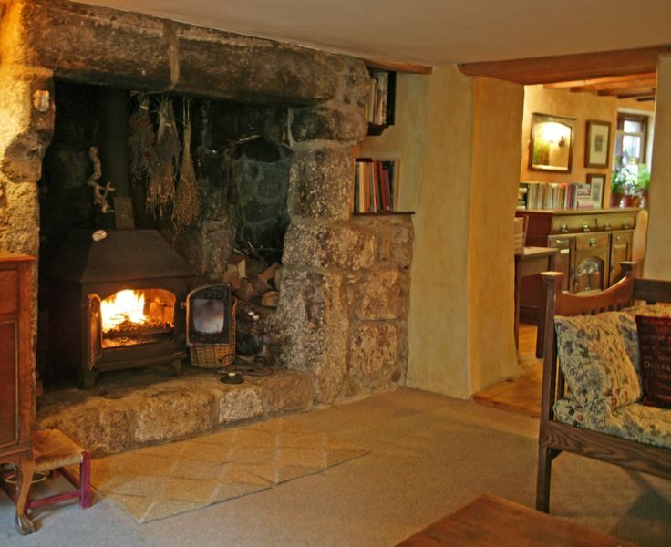 Large Walk In Hearth With Woodstove Weaver S Cottage In