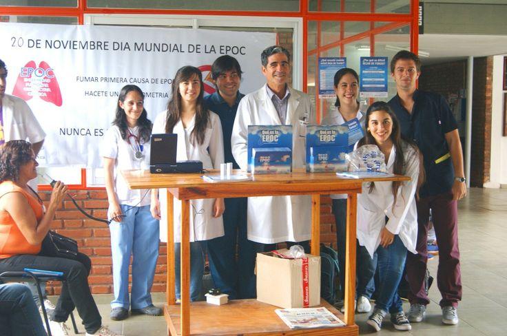 SALUD PÚBLICA: Profesionales del Hospital Escuela y alumnos de Medicina concientizaron sobre la EPOC #ArribaCorrientes