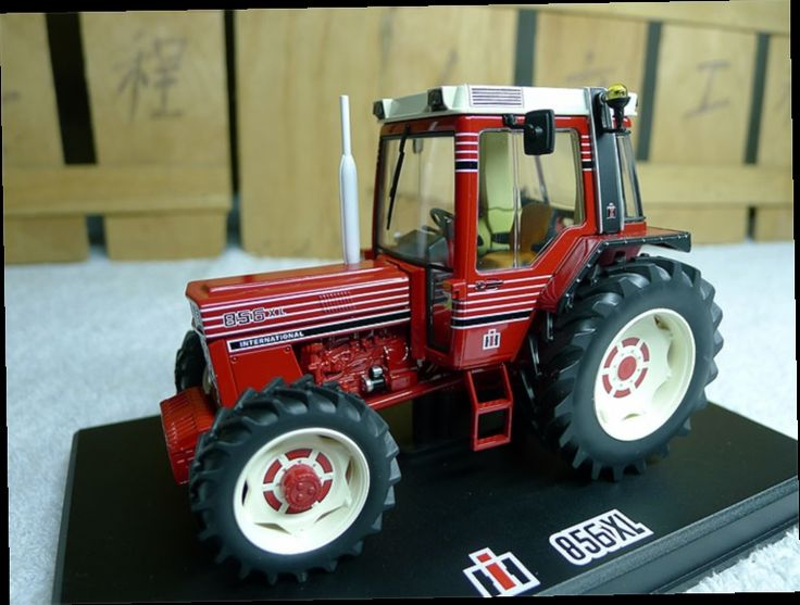 48.00$  Watch now - http://ali3hs.worldwells.pw/go.php?t=32657454961 - REP 1:32 CASE 856 XL (REP062) Tractors Alloy model agricultural vehicles Favorites Model