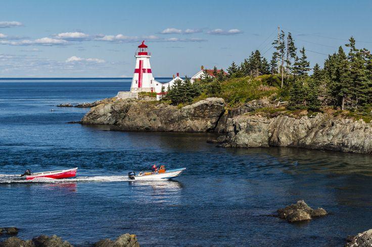 Coastal Experiences | Go as far as you can see; when you get there, you'll be able to see further. // Expériences côtières | Allez aussi loin que vous pouvez voir; une fois arrivé, vous pourrez voir encore plus loin.