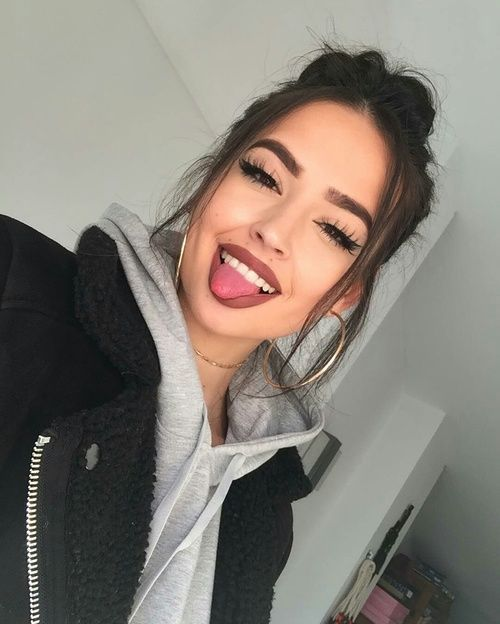 girls and meninas image on We Heart It-Shared by NINA. Find images and videos about girls, makeup and beauty on We Heart It - the app to get lost in what you love.