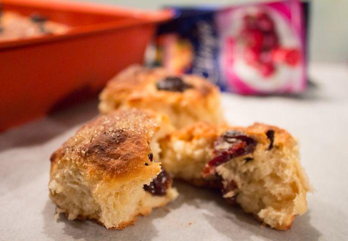 Pane alle ciliegie per colazione