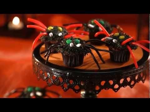 Creepy-Crawly Spider Cupcakes - Bulk Barn Recipe
