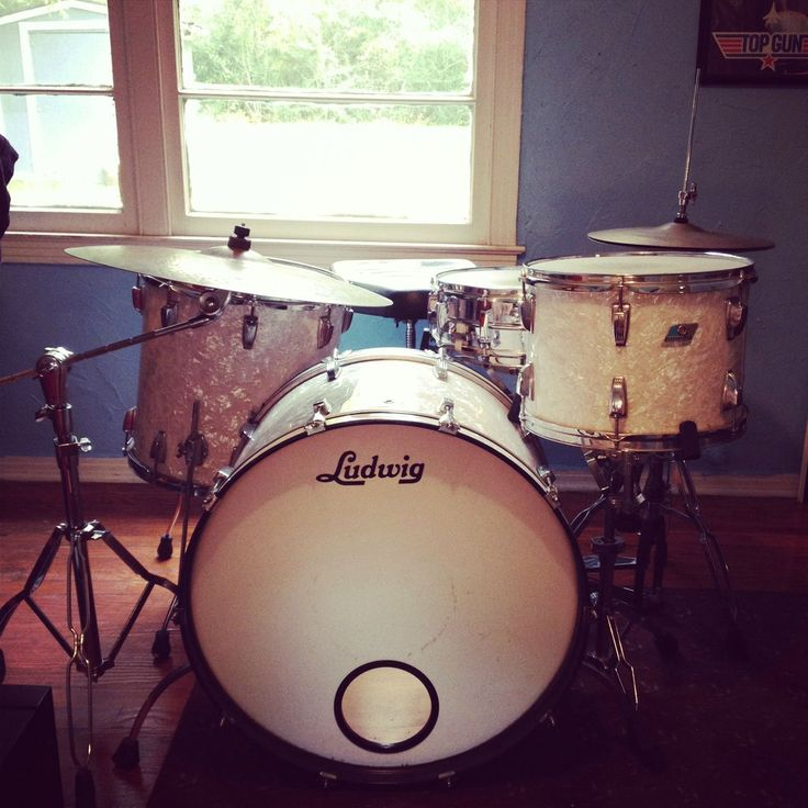 Vintage Ludwig Drum Kit