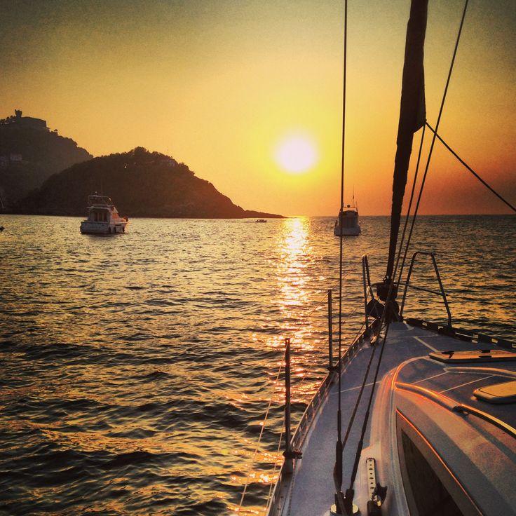 Sunset en la bahía de la Concha