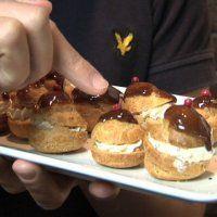 Recette de choux au pain d'épices et foie gras - Marie Claire Idées
