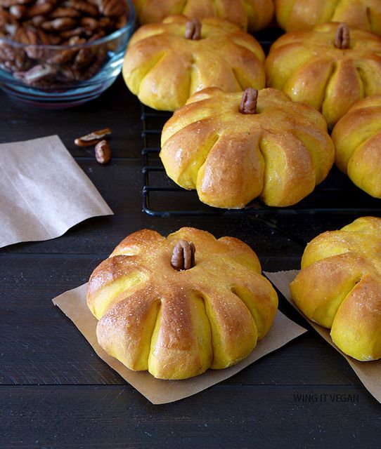 Pumpkin Dinner Rolls (or breakfast!) by River (Wing-It Vegan), via Flickr