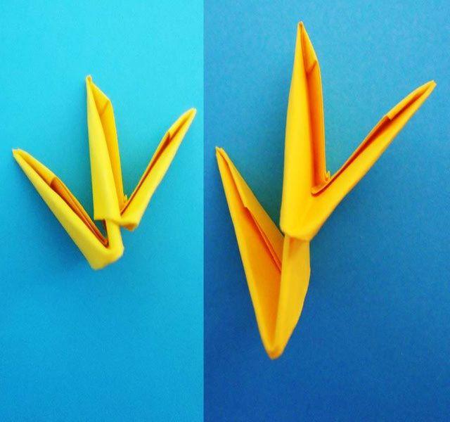 Cómo doblar el triángulo básco para hacer figuras de origami 3D: Cómo formar pares de triángulos.