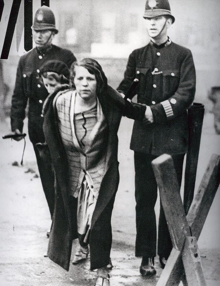 Suffragettes vs. police: The women prepared to go to prison for the vote