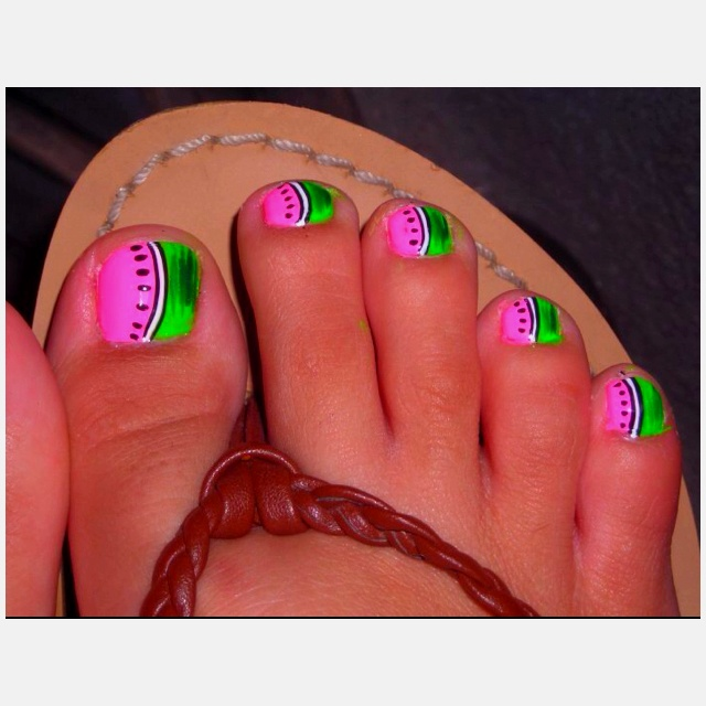 My favorite summer toe nail design! So fun and bright! Cute for the watermelon jubilee!