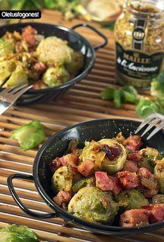 En esta receta preparamos unas coles de Bruselas con bacon, mostaza y miel, un contraste dulce-salado que os va a gustar seguro.