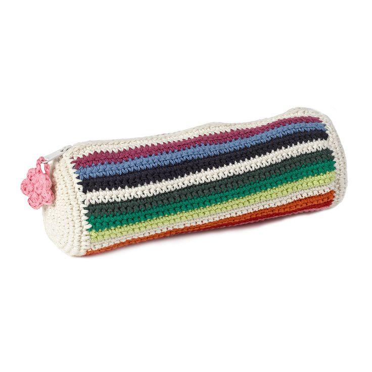 1000+ ideas about Crochet Pencil Case on Pinterest ...
