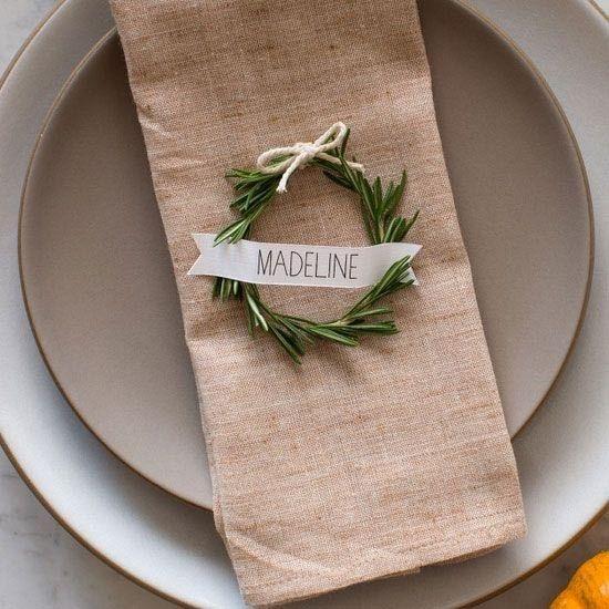 Segnaposto matrimonio eco-friendly ramo pino