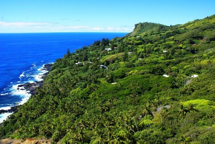 Pitcairn Island One Of The Most Remote Places In The World - Pitcairn island one beautiful places earth