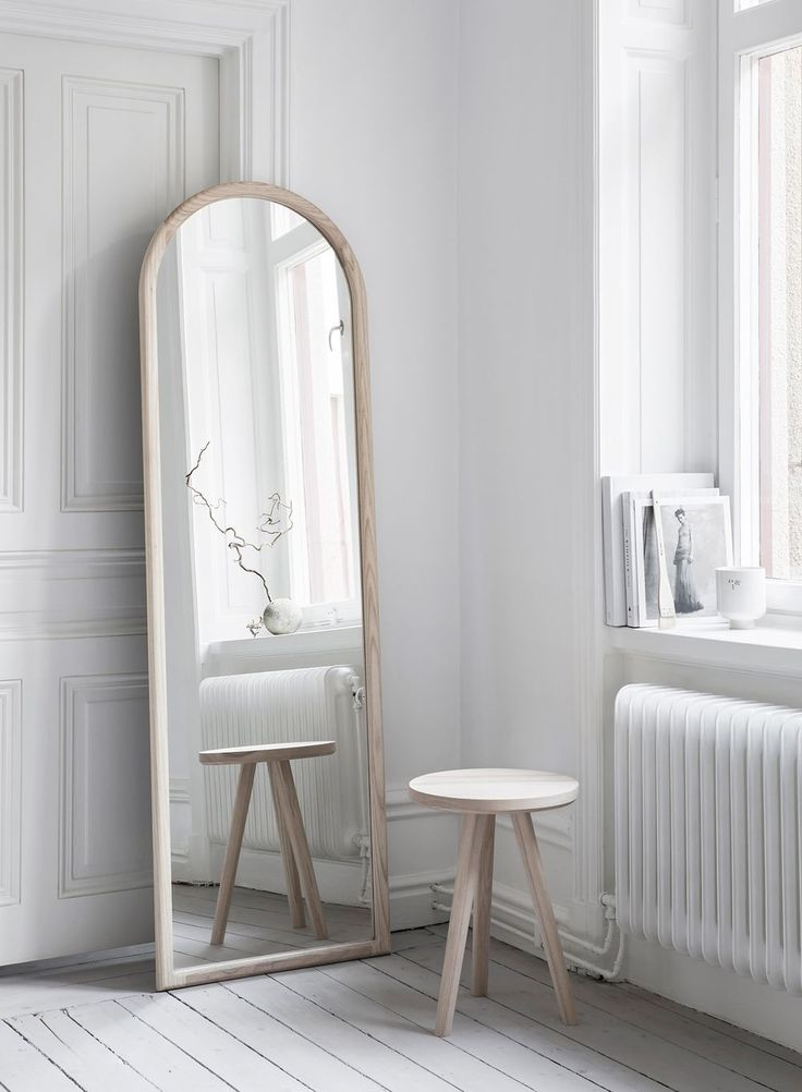 Melo - Mirror Ash