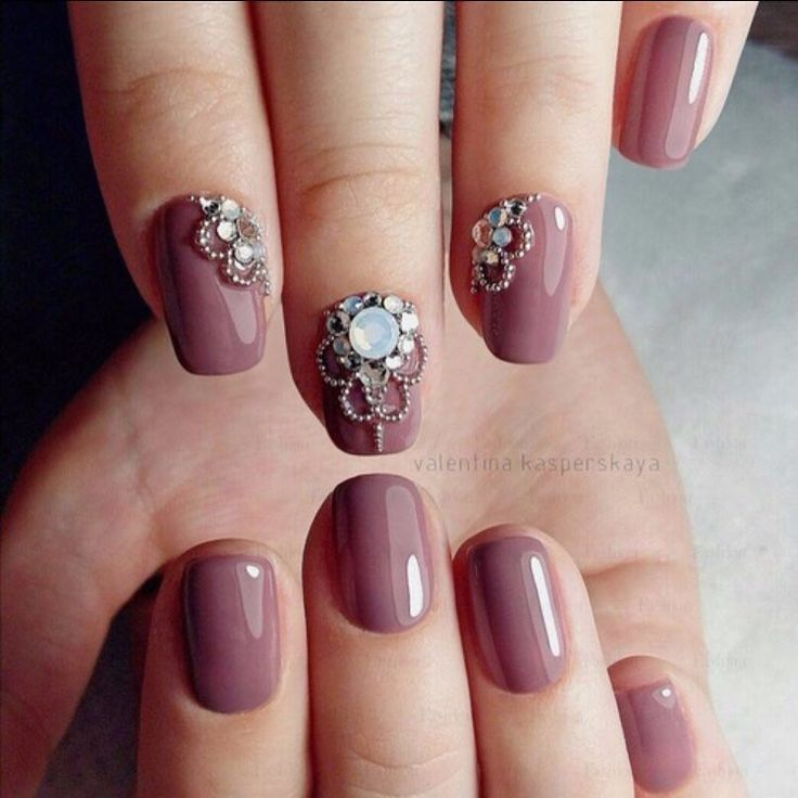 I REALLY love this beautiful nail color. Like a dusty vintage, pastel shade. A lavender mixed with mauve or dusty rose?