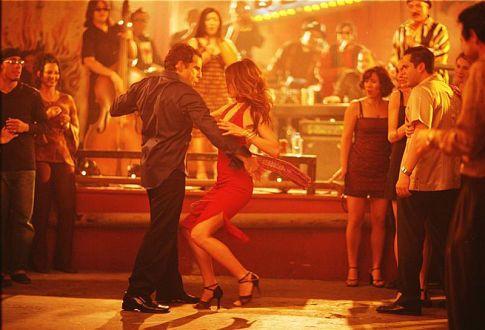 Along came polly - Jennifer Aniston salsa dress, love!