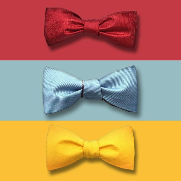 Pánské motýlky Alfons.cz v červené, modré a žluté barvě. Summer color bowtie mix.