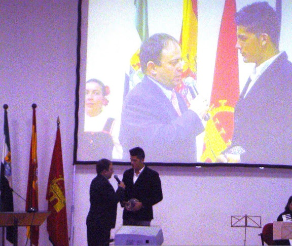 Recibiendo el Premio a  Promesa Juvenil de Piragüismo  2010