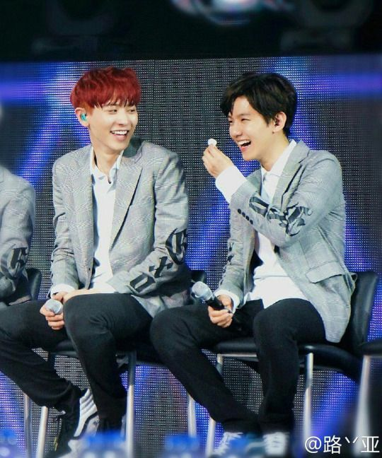 buzz fans find pieces proof that chanyeol baekhyun secretly dating