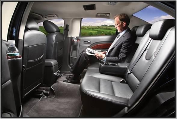 Reach on time for your meetings with luxury car experience. We provide best and affordable black car services