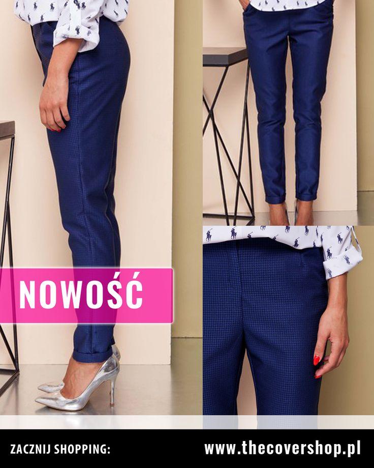 Klasyczne #spodnie #damskie z wysokim stanem w kolorze #niebieskim. #Idealnie dopasowują się do Twojej #figury, co sprawi, że będziesz wyglądać w nich jeszcze lepiej ! Możesz śmiało łączyć je z #bluzkami, #żakietami, lekkimi #kurtkami w różnych stylach. Więcej informacji na naszej stronie.  Przypominamy o DARMOWEJ DOSTAWIE na terenie Polski lub o możliwości odbioru osobistego w Krakowie!  #modadamska #spodnie #legginsy #eleganckie #modne #stylowe
