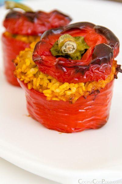 Pimientos rellenos de arroz - receta paso a paso http://www.pinterest.com/adelaidagp/para-compartir-y-saborear/