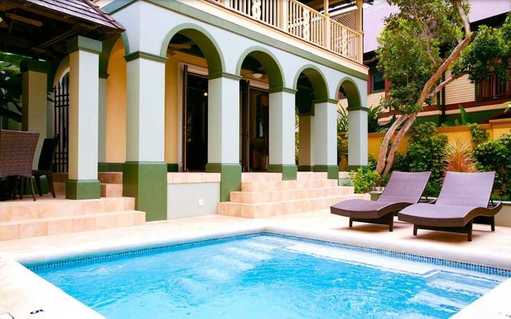 PARADISE HCH - 88204 -1 BED COTTAGE   5* RESTAURANT   PRIVATE POOL   GARDEN - OCHO RIOS: If your idea of holiday heaven is staying in the luxurious surroundings that Marilyn Monroe and Elizabeth Taylor became accustomed to, then look no further. This one-