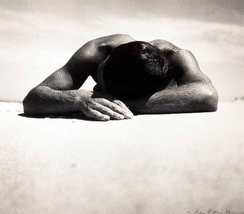1937. Max Dupain - Sunbaker