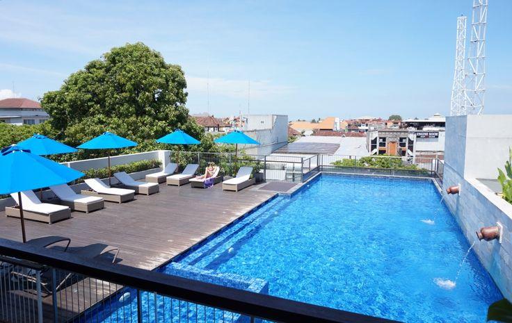 Everybody needs a view like this to start the day 😎 . . . #J4hotelslegian #J4hotels #LifestyleHotel #Lifestyle #RooftopRestaurant #HeightBar&Restaurant #Hotels #Holiday #InstaTravel #Summer #Vacation #Tourism #Wanderlust #Destination #LegianBali #Legian #LegianStreet #RoofTopPool #RoofTopSwimmingPool #PoolView #Blue #Sky