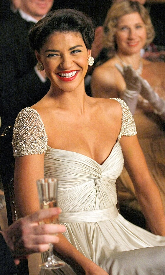 Jessica Szohr As Vanessa Abrams Looks Stunning In A Reem Acra Dress At The Freshman Toast At NYU, 2009