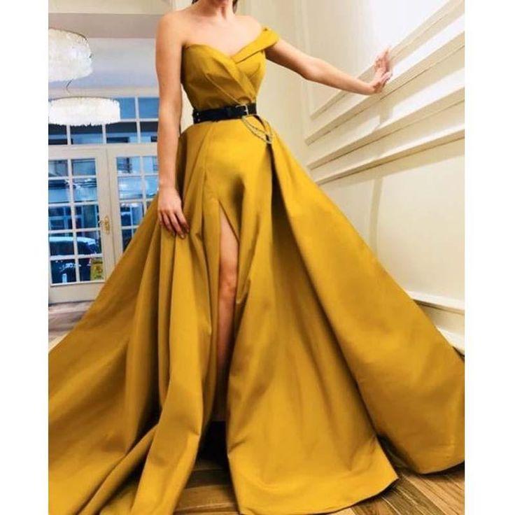 Gelbe lange Seite geteilte A-Linie Elegante Ballkleider, Modest Party Dress, Abendkleider, PD1095 Die Kleider sind komplett gefüttert, Brustpolster in der Brust, Schnürung hinten oder Reißverschluss hinten sind alle erhältlich, insgesamt sind 126 Farben verfügbar. Dieses Kleid könnte nach Maß sein, es gibt keine zusätzlichen Kosten, um benutzerdefinierte Größe und Farbe zu machen