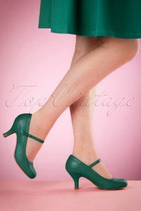 Bettie Page Shoes Bettie Pumps in Green 21496 04132016 004retouchedW
