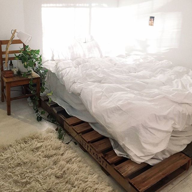 10 off our eco friendly alpaca bamboo quilts be quick discount offer pallet bed framespallet bedsgarage - Discount Bed Frames