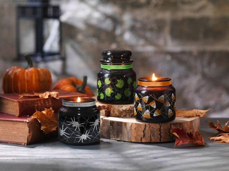 Halloween 2016 med stämningsskapande dofter som Candy Corn Witches Brew och nya Forbidden Apple.