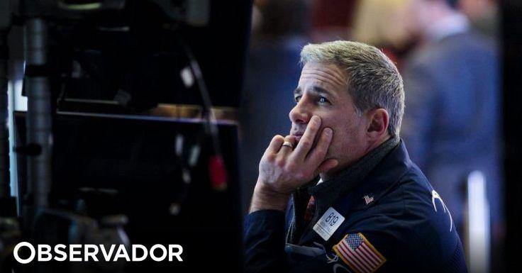 A bolsa nova-iorquina encerrou com um recuo assinalável do Dow Jones Industrial Average, para o qual contribuíram a queda das petrolíferas ExxonMobil e Chevron e a subida das taxas de juro. http://observador.pt/2018/02/02/wall-street-encerra-em-queda-e-dow-jones-tem-pior-semana-desde-junho-de-2016/