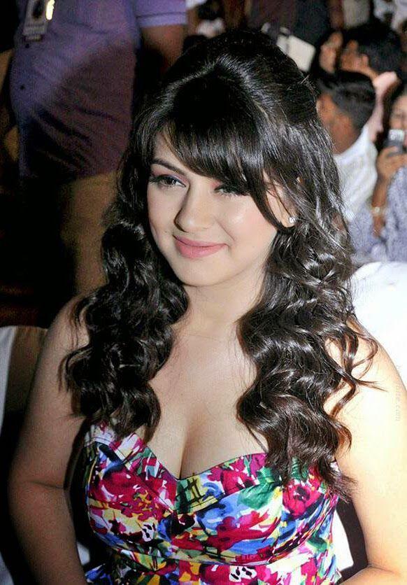 South Indian Films Actress Hansika Motwani in Tight Dress Cute Pics