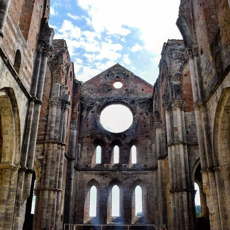 San Galgano Abbey. _photobyme