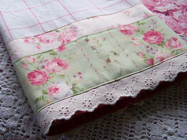 decorative towels enhance any shabby chic kitchen - Decorative Towels
