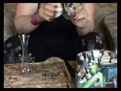 Как украсить бутылки, бокалы и подсвечники из стекла на праздник