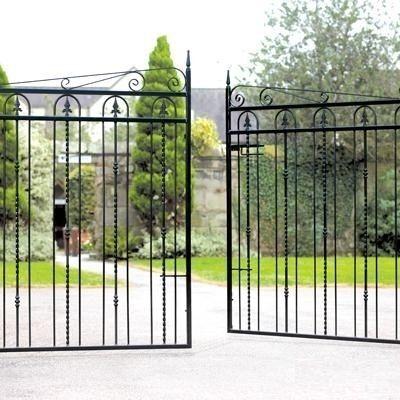 25 best ideas about metal driveway gates on pinterest for Aluminum driveway gates prices